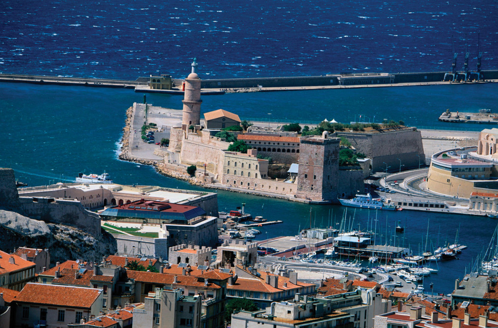 Дешевые отели и авиабилеты от 8725 руб. в Марсель (Франция)
