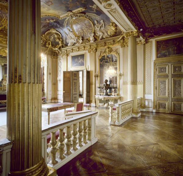 Отделка комнат королевского дворца в Амстердаме