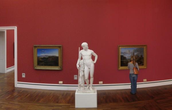 И скульптуры и картины Новой пинакотеки в Мюнхене
