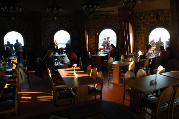 Ресторан внутри башни Галатской башни в Стамбуле