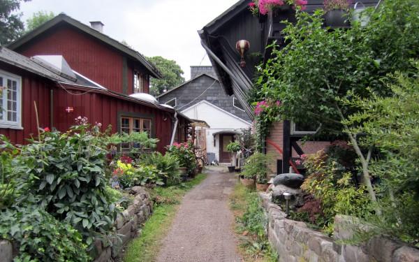 Улицы Вольного города Христиания в Копенгагене
