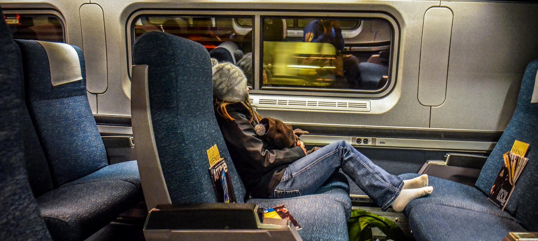 Путешествуйте поездами