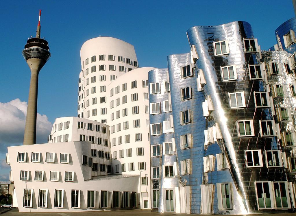 Дешевые отели и авиабилеты от 6752 руб. в Дюссельдорф