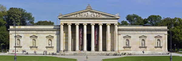 Фасад Мюнхенской глиптотеки