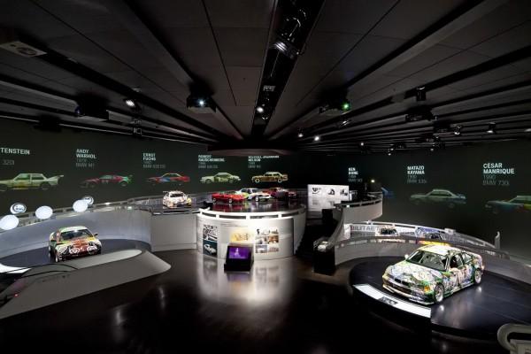 Полет дизайнерской мысли в музее БМВ
