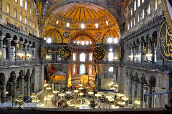 Музей в Соборе Святой Софии в Стамбуле