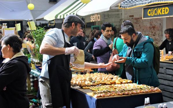 Рынок на причале в Кйептауне