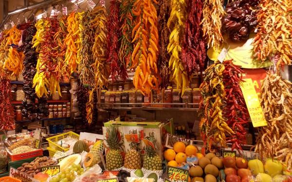 Праздник для гурмана на рынке Бокерия в Барселоне
