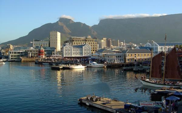 Набережная Виктории и Альберта в Кейптауне