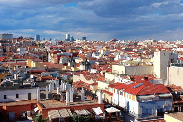 Черепичные крыши Мадрида
