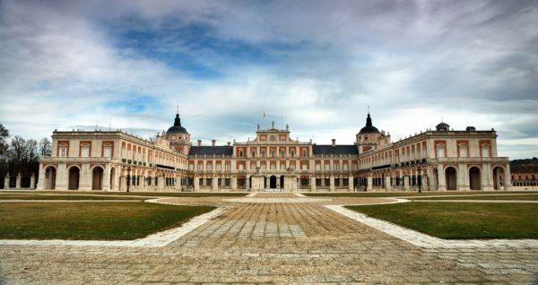Королевский дворец Аранхуэс в Мадриде