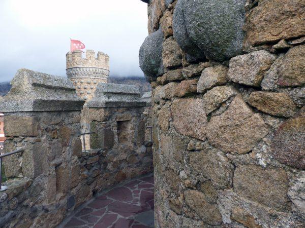 Вид с крепостной стены Замка Мансанарес в Мадриде