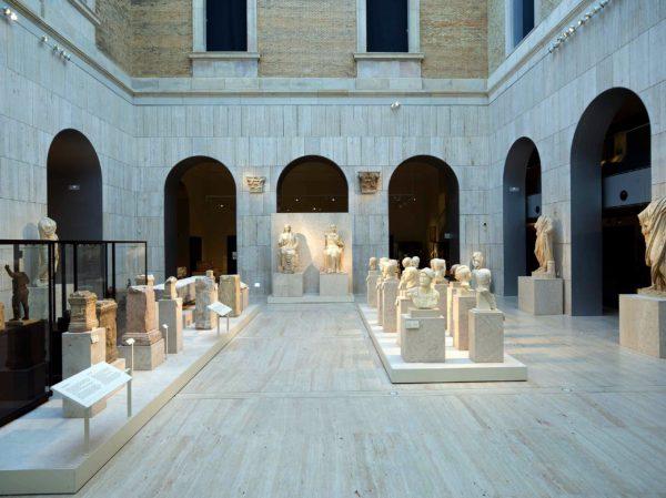 Выставочная композиция в Национальный Археологическом музее в Мадриде
